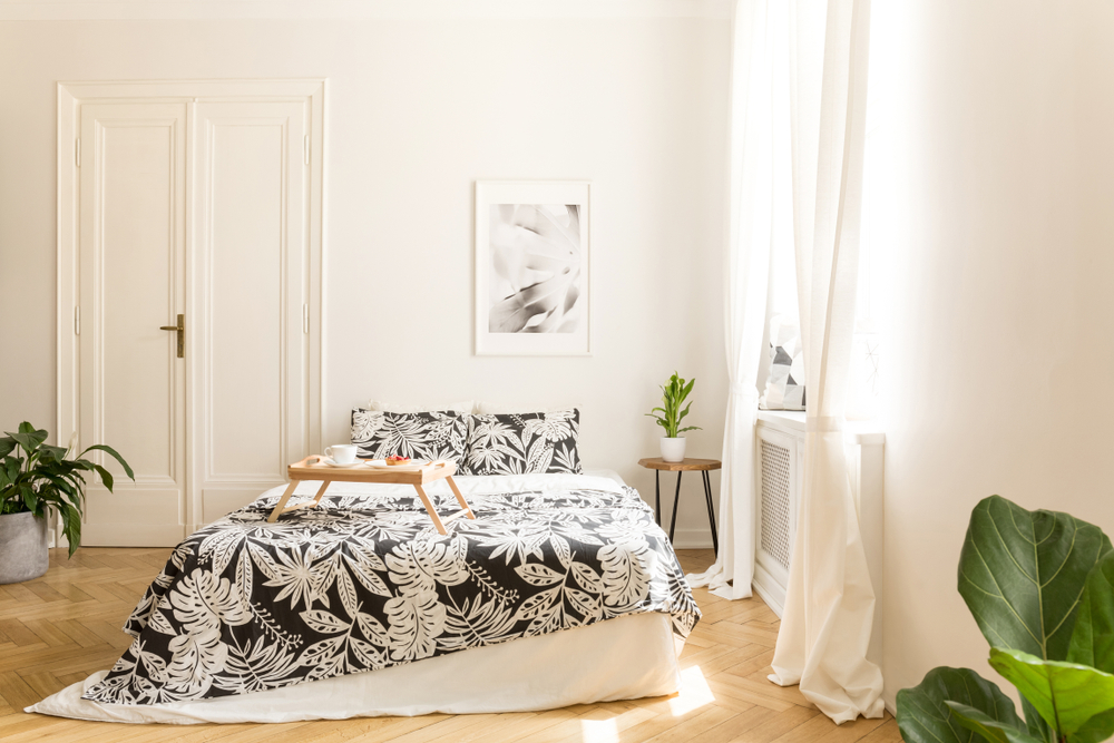 ตัวอย่างการใช้ไม้ปาร์เกต์ปูพื้นห้องนอน