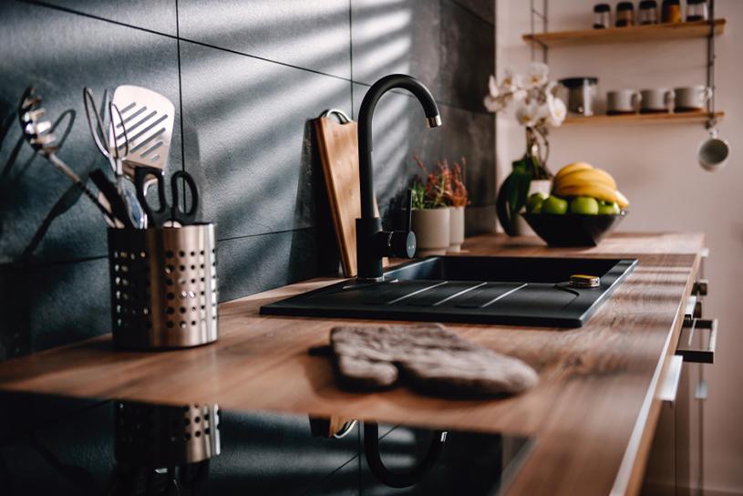 การใช้ไม้เป็นส่วนประกอบในการตกแต่งห้องครัว
